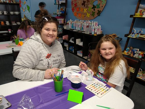 Painting with a unicorn event at Spot's Pots!