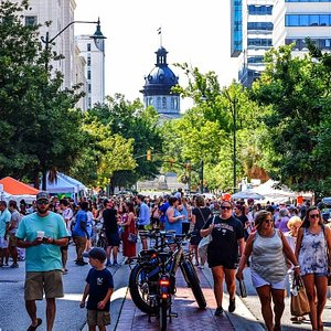 Market Day! Photo cred: Kesslers by Design