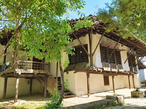 Ethnographic Museum (Muzeu Etnologjik)  Typical traditional city architecture house from the XVIII century, and one of the oldest house in Prishtina, Kosova.