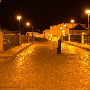 Night shot of Ponte Romana