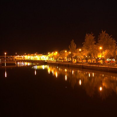 A night view from the bridge