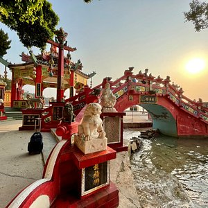 Superstition says that if you cross the small, red Longevity Bridge at Repulse Bay, then you will add 3 extra days to your life.