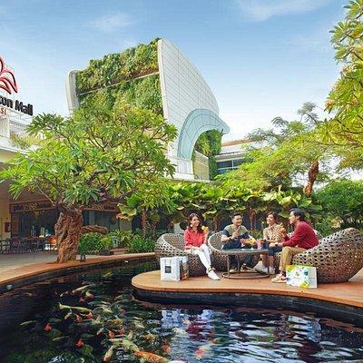 Summarecon Mall Bekasi at noon.