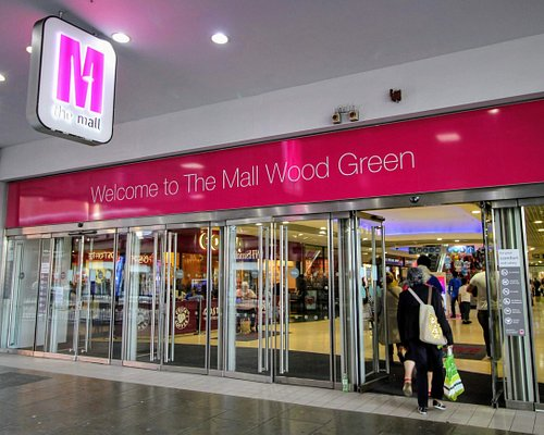 The Mall Wood Green High Road Entrance