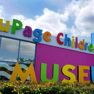 With a focus on joyful learning through Arts and STEM exhibits and programs, the Museum provides an incomparable early education experience for children and serves as a critical resource for caregivers, educators, and social service partners.