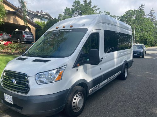 Ready for your team, friends or workers. Lots of room for 14 passengers