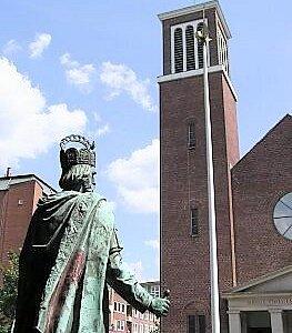 Statua di Carlo Magno - Statue Kaiser Karls des Großen