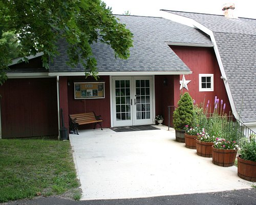 The welcoming exterior of the lovely Ridgefield Theater Barn