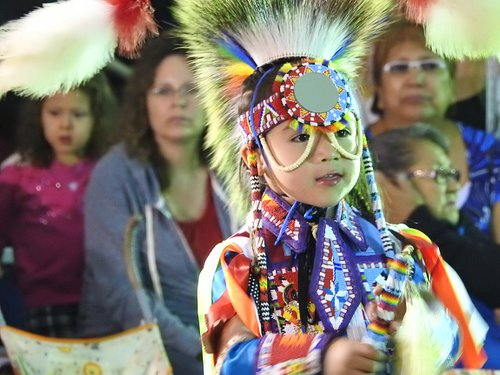 Dancers at Wanuskewin offer dance demonstrations along with discussions of their regalia, dance styles , and discussions on their own journey that lead them to dancing.