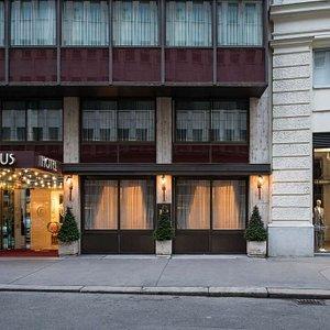 Exterior View | Arthotel ANA Amadeus Vienna