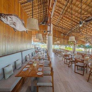 H Azur Restaurant