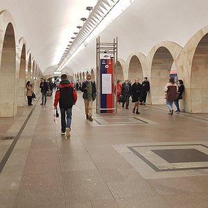 """Москва. Станция метро """"Кузнецкий мост"""" (11.06.2021)"""