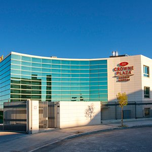 Hotel Exterior - Welcome to Madrid Airport