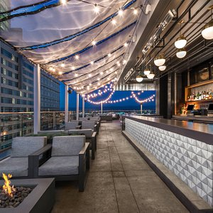 54thirty Rooftop - Mountain Views