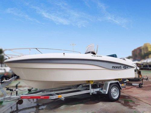 Nueva embarcación Mareti open 440 preparada para alquiler sin necesidad de estar en posesión de ninguna titulación.