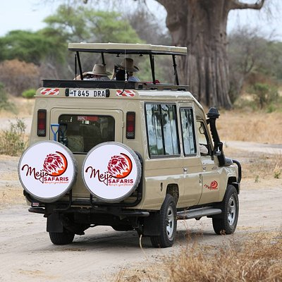Our Vehicle on Safari with customers