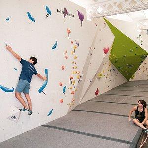 Zona planta zero, Muro de competicion de boulder