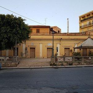 Biblioteca Luigi Vitali
