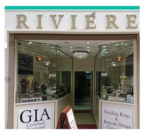 Riviere front