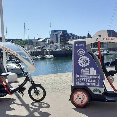 2 triporteurs vélotaxis à disposition sur la cote fleurie, sur simple appel et réservation ou sur place.