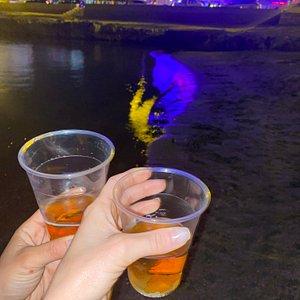 Ecco i bicchieri di plastica pagati 2€ 😂