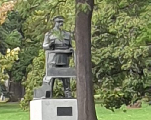 Sir Thomas Blamey Statue