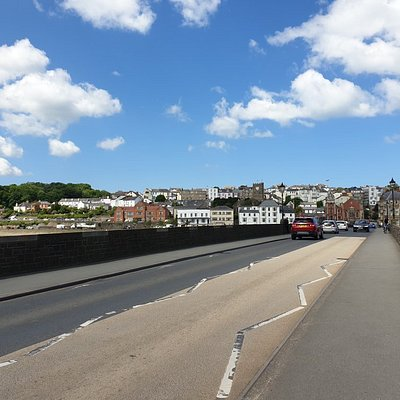 Bideford Long Bridge, a significant structure that spans the River Torridge and connects Bideford Old Town and East-the-Water. June 2021