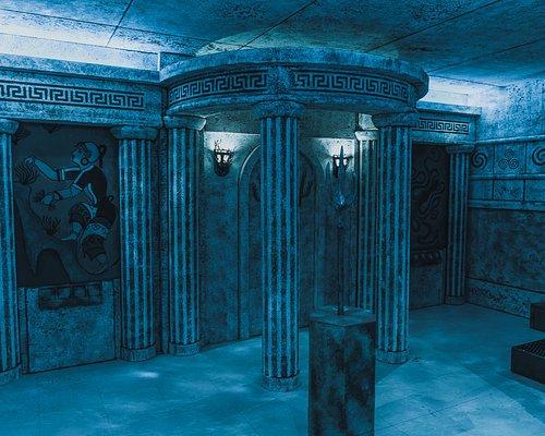 Après de nombreuses années de recherche et de traduction de centaines d'anciens textes, vous êtes là! Si vous avez raison la découverte d'Atlantide est un fait qui va réécrire l'histoire du monde, Game Over Escape Rooms Nantes - Saint Herblain
