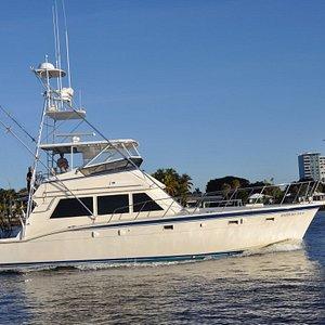 52' Hatteras Sportfishing charter boat Happy Day Today and Top Shot Sportfishing Charters