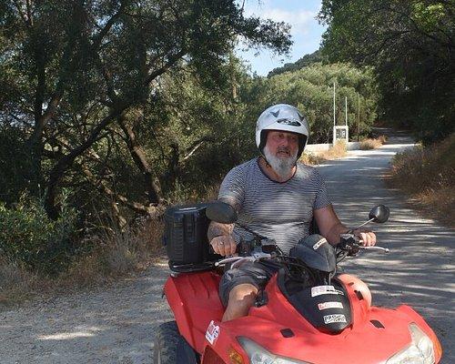 Dagje toeren op de quad, door het zuiden van Corfu.. aanrader! (Spacebikes, Ag. Gordios)