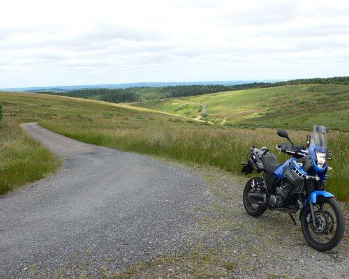 Lovely lanes across rolling hilltops.