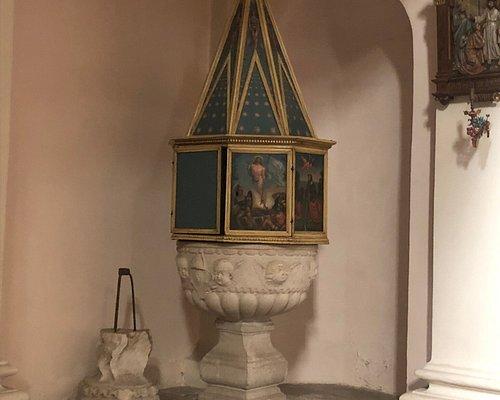 … anche questa Fonte Battesimale è stata scolpita dal Pilacorte nel 1485 !