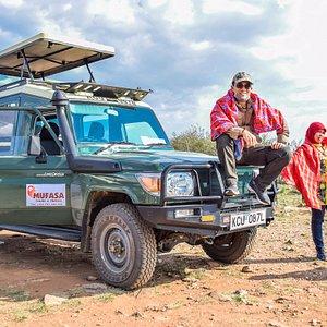 Bush Safari at the Masai mara with Mufasa Tours and Travels the best safari company in Kenya.