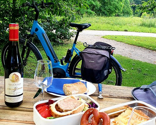 PicNic with local wine