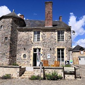 Bienvenu à l'Office de tourisme de Sainte-Suzanne les Coëvrons
