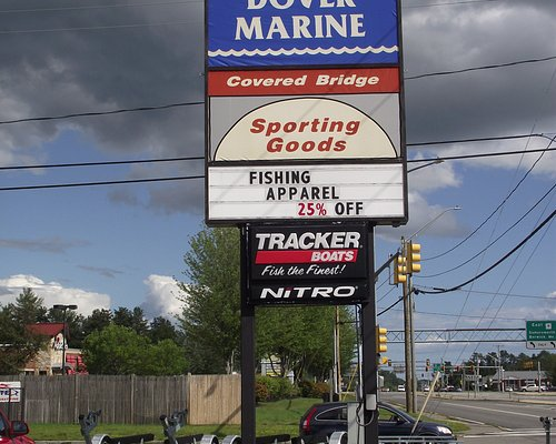 NH - DOVER MARINE - ROAD SIGN