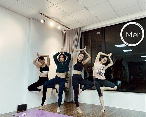 Facebook: Mer Studio Hanoi Mail: mindfulyogahanoi@gmail.com  Địa Chỉ: Tầng 5. 631 Lạc Long Quân, Tây Hồ, Hà Nội Website: https://joyymer.com/ Youtube: https://bit.ly/MerStudioHanoi