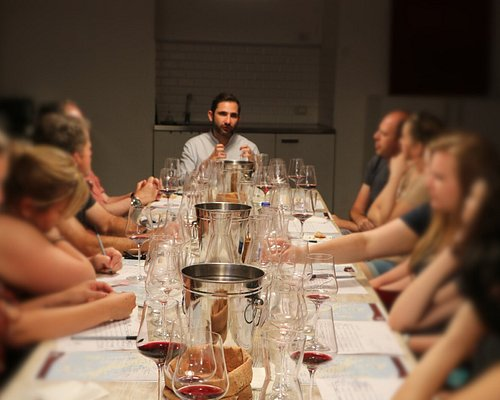 Learn all about Italian winemaking and how to find wines that match your own personal tastes.