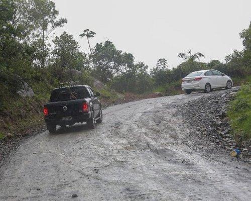 Estrada Morro de Zimbos