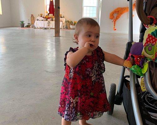 Même les bébés sont acceptés aux expositions :)