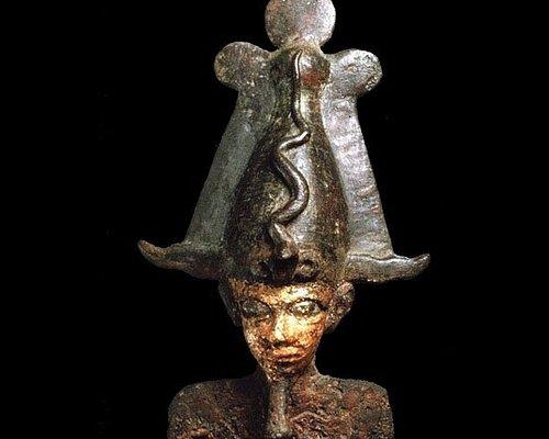 Osiri, statua in bronzo e foglia d'oro proveniente dalla tomba WT9 di Sedeinga,  (III secolo d.C.).