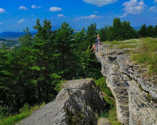Kremenets region is a land of wonderful legends and melodious Volyn songs.  Maiden rocks (Divochi skeli) in Kremenets mountains. Ternopil region.  Instagram Photo by: @anna_obli