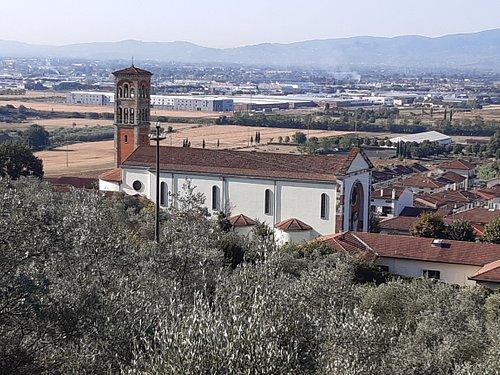 panoramica dalla strada che conduce alla Rocca