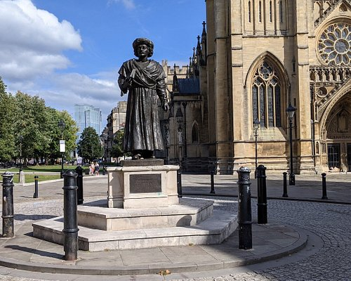 Statue Of Ram Mohan Roy
