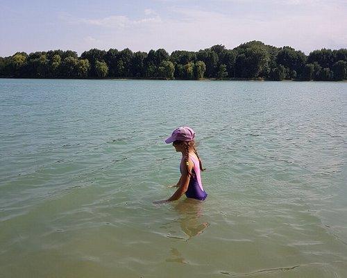 Вода чистая, плавать можно!