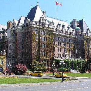 Empress Fairmont Resort at Victoria in Vancouver Island