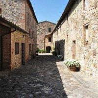 Borgo di Castell'in Villa