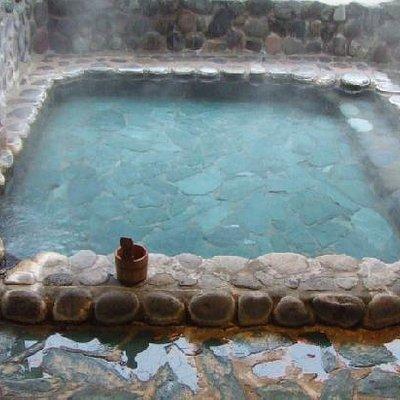 半屋根付き女性用露天風呂です。