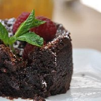 The chocolate souffle detail