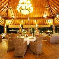Ballroom Restaurant by night